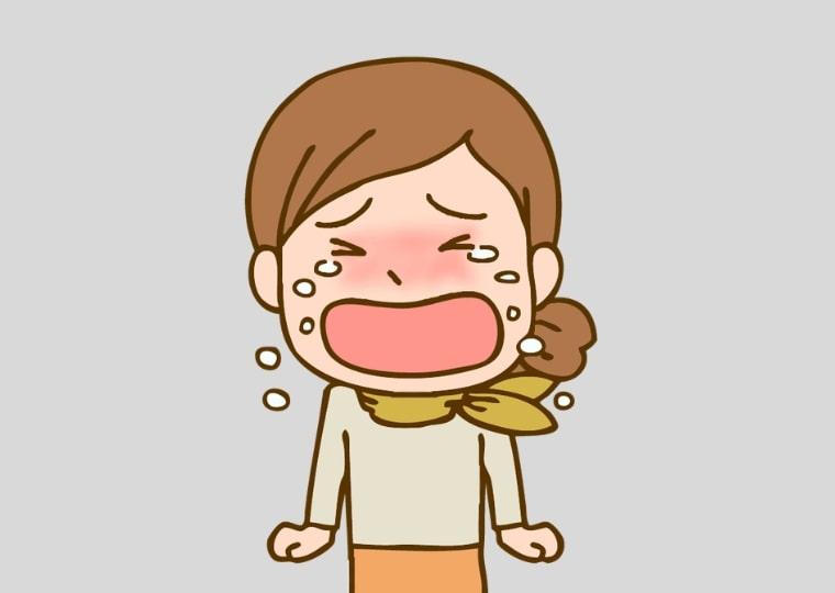 仕事が嫌で泣いている女性